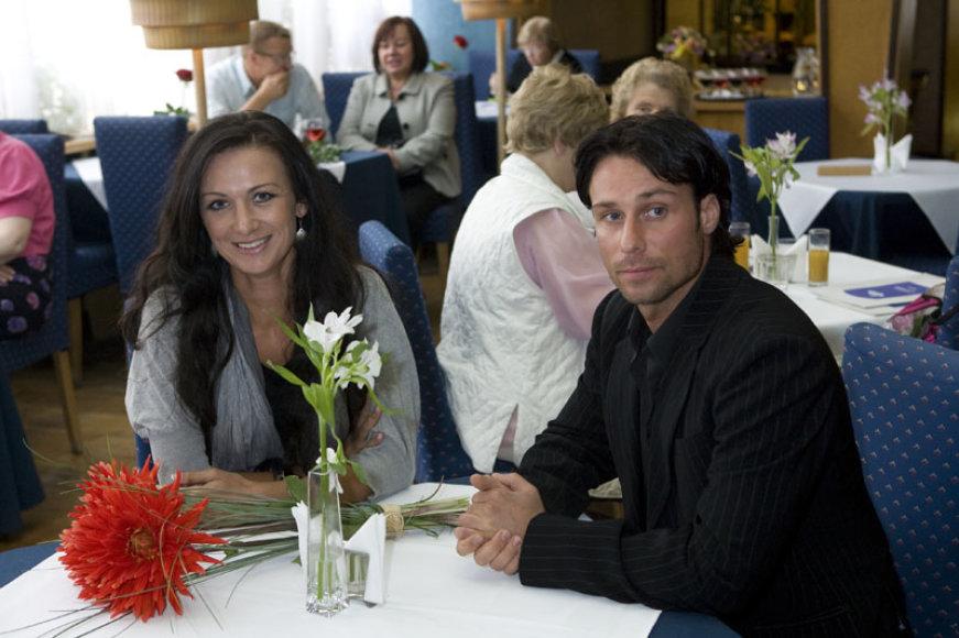 Foto naujienai: Andrius Kandelis. Vestuvės be pompastikos ir piršlio korimo