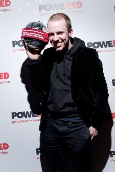 """Foto naujienai: """"Suicide DJs"""" laimėjo geriausio lietuviško šokių muzikos kūrinio apdovanojimą"""