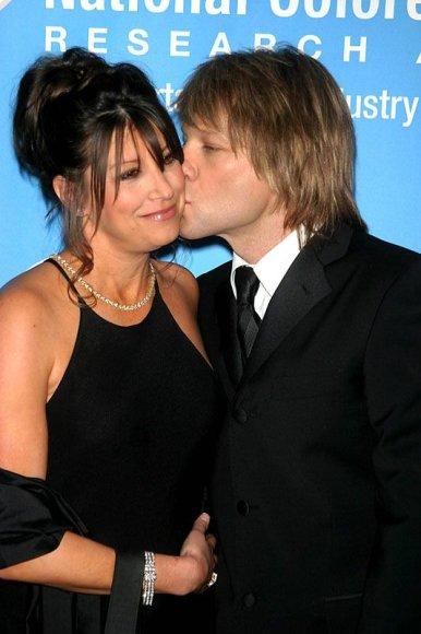 Foto naujienai: Jonas Bon Jovi bijo žmonos