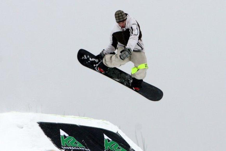 Šeštadienį Liepkalnio žiemos trasoje, Vilniuje, susirinko snieglenčių sporto mylėtojai.2006 metais snieglenčių diena buvo pradėta švęsti tarptautiniu mastu, 2008-aisiais, sulaukusi didelio pasisekimo, ši šventė paplito ne tik Europoje, bet taip pat įžengė į Kanadą, JAV, Rusiją, kitas Pasaulio šalis