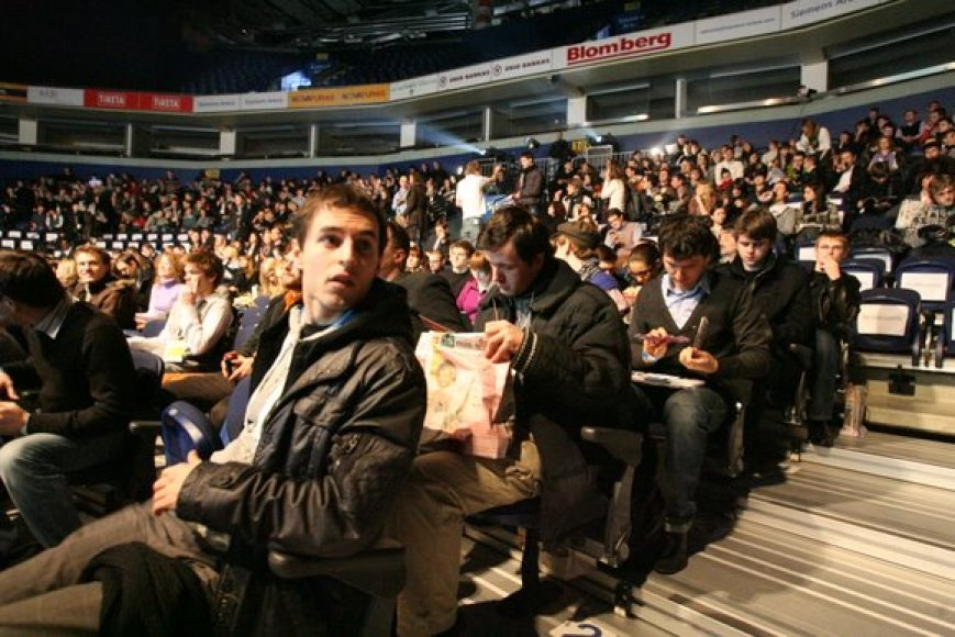 """Akimirkos iš konferencijos """"Login 2010"""""""