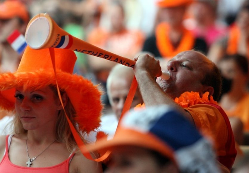 Vilniečiai stebi futbolo čempionato finalą