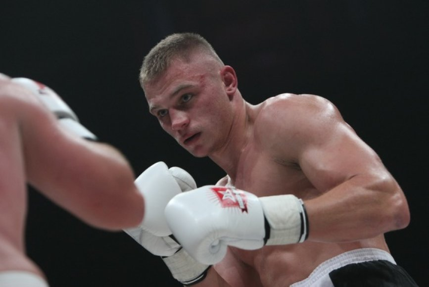 Sergejaus Maslobojevo ir Constantino Bejenaru kova