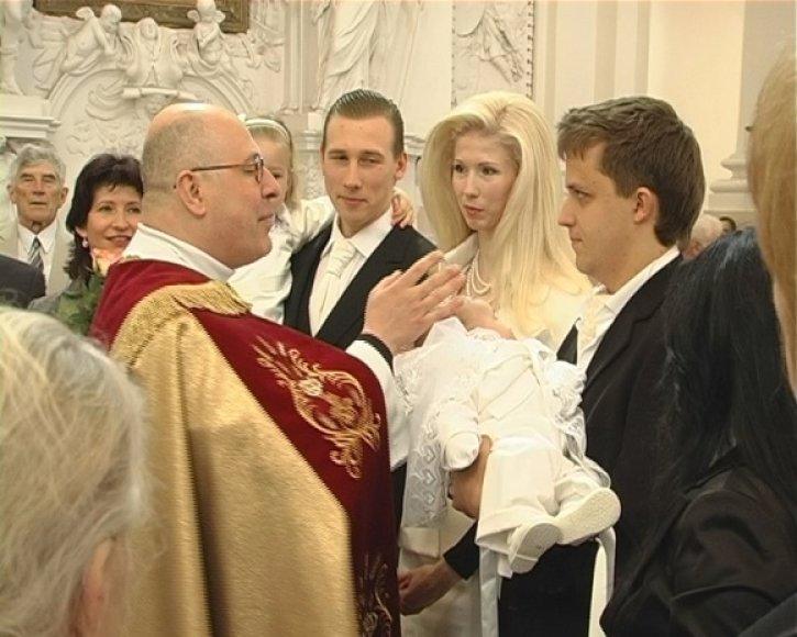 Stumbrų atžalos krikštynos