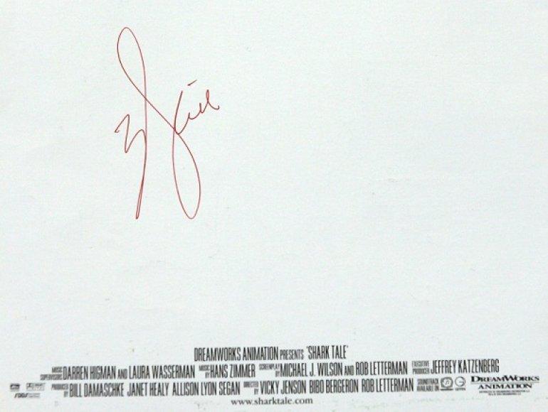 A.Jolie parašas