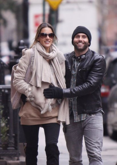 Alessandra Ambrosio su vyru