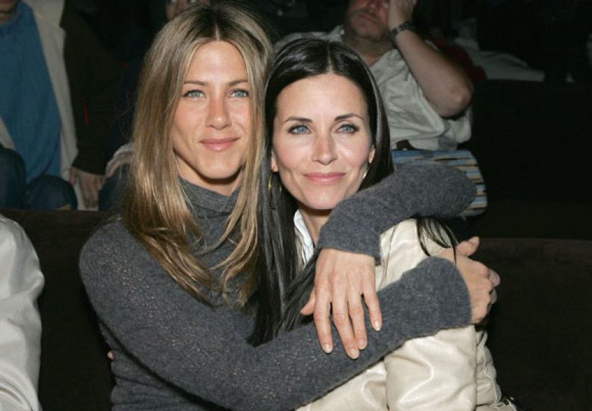 Jennifer Aniston ir Courtney Cox