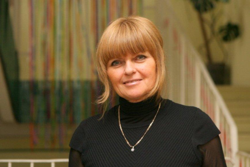 """Vilniaus """"Šviesos"""" pradinės mokyklos direktorė M.Bajevienė dėl atleidimo iš darbo ketina kreiptis į teismą."""