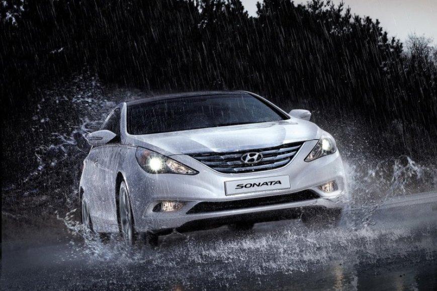 """""""Hyundai Sonata"""" Rusijos rinkai"""