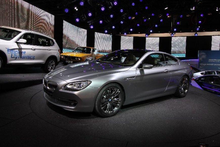 "Paryžius. ""BMW Concept 6 Series Coupe"""