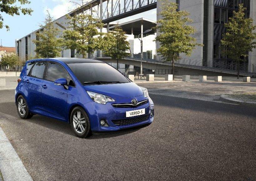"""Paryžius. """"Toyota Verso-S"""" - mažas, talpus ir sumanus"""