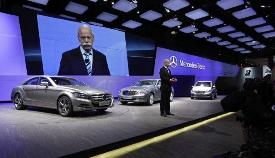 """""""Mercedes-Benz"""" Paryžiaus automobilių parodoje"""