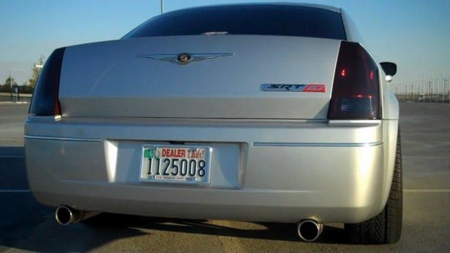 """Chrysler 300C"" su ""Viper"" varikliu!"