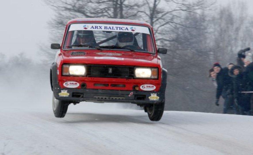 Dovilas Čiutelė už VAZ 2105 VFTS vairo