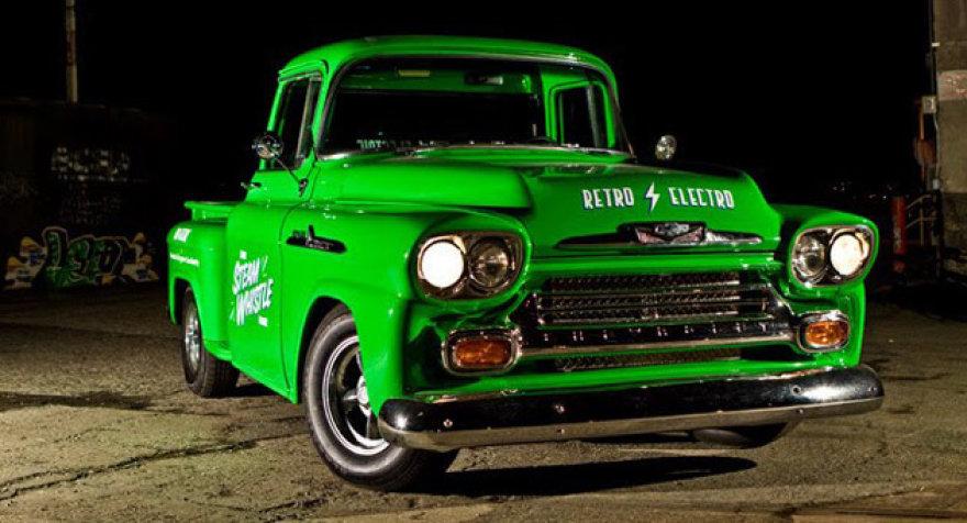 "Elektrinis 1958 metų ""Chevrolet Apache"""