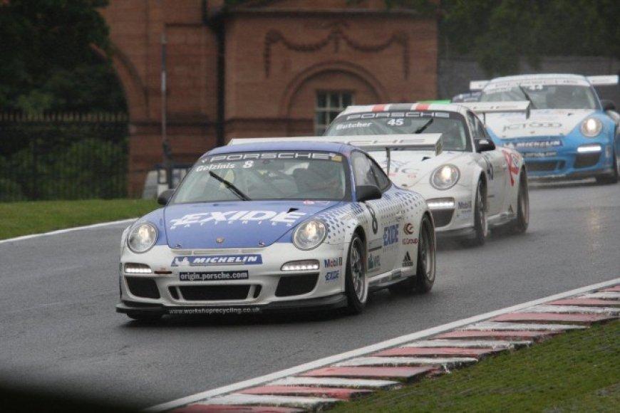 """Porsche Carerra Cup"" ""Oulton Park"" lenktynių trasoje"
