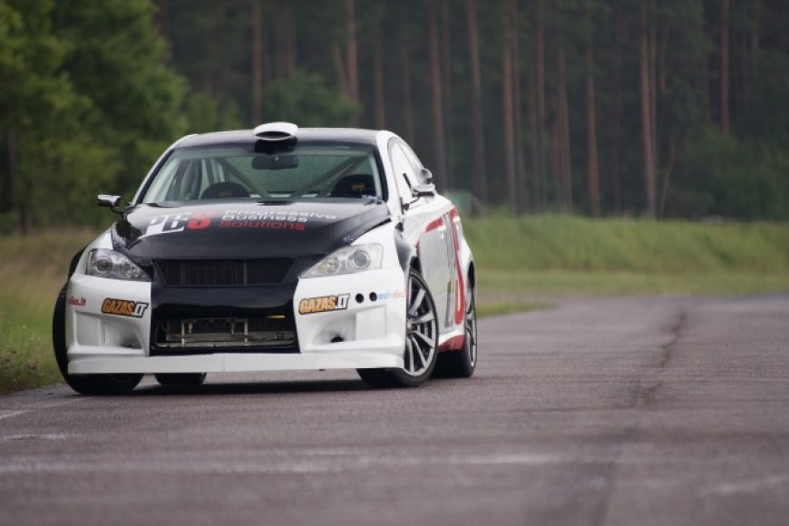 """""""Lexus IS F"""" – """"Artas Racing – PBS"""" ginklas tūkstančiui kilometrų"""