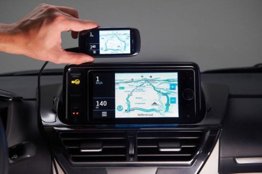 """Toyota Touch Life"" technologija"