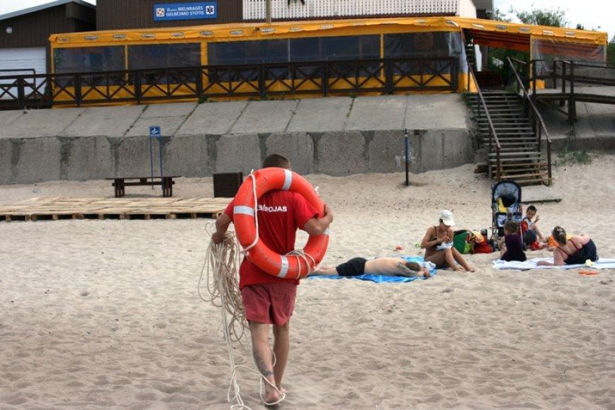 Šventinis savaitgalis paplūdimiuose apsiėjo be rimtesnių incidentų.