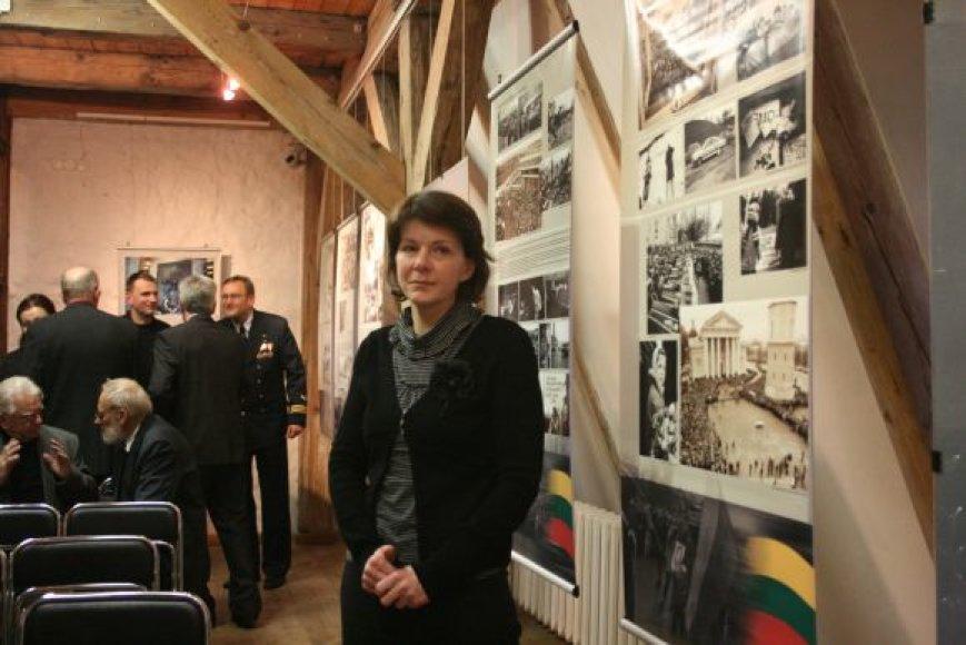 Dramatiškomis Lietuvai dienomis tanko sužalota ir geros draugės Loretos Asanavičiūtės netekusi L.Tručilauskaitė-Šlekienė prisipažino, kad nerimas ją aplanko kiekvieną Sausio 13-ąją.