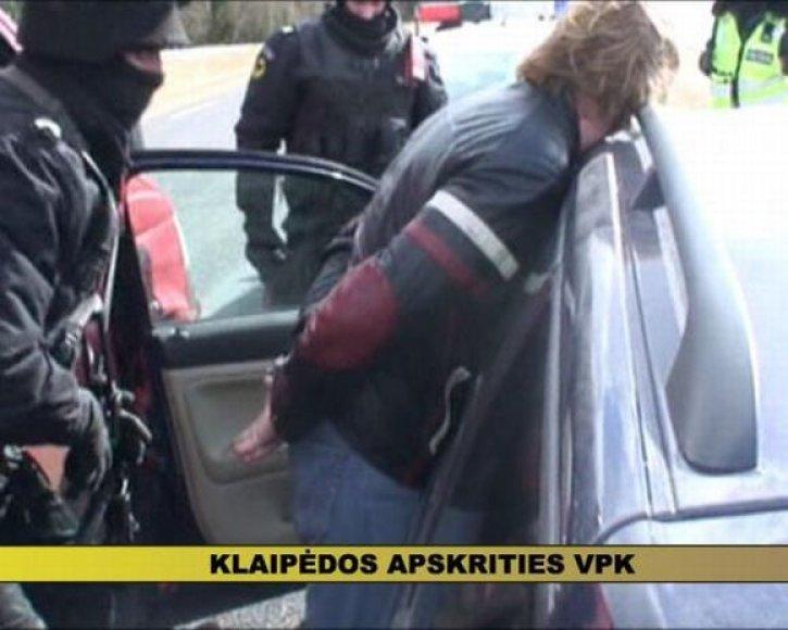Pareigūnai sulaikė du palangiškius, siejamus su nusikalstamomis grupuotėmis.