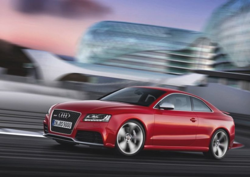 """Audi RS5"" – išsamesnis žvilgsnis"