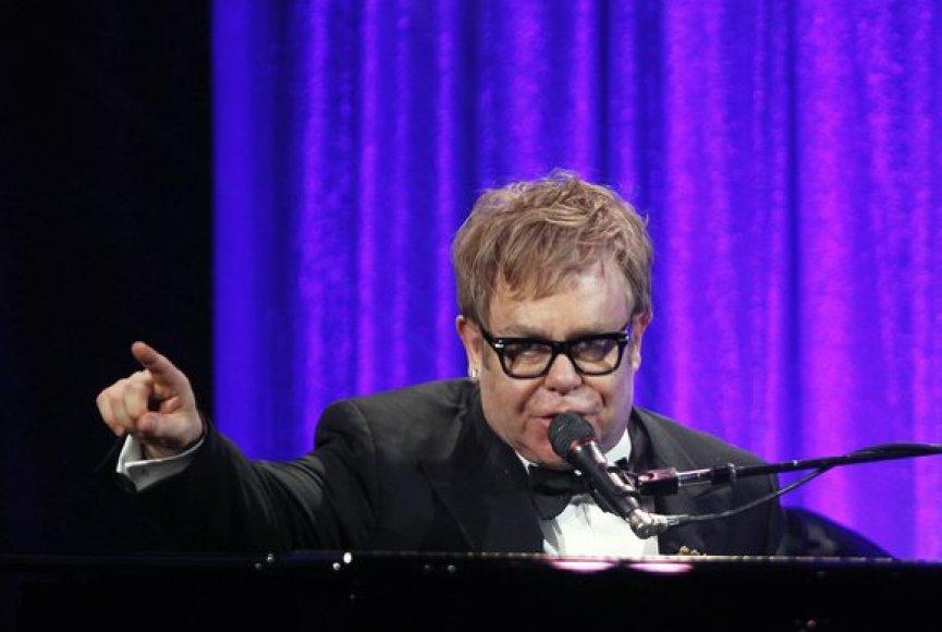 Dainininkas seras Eltonas Johnas