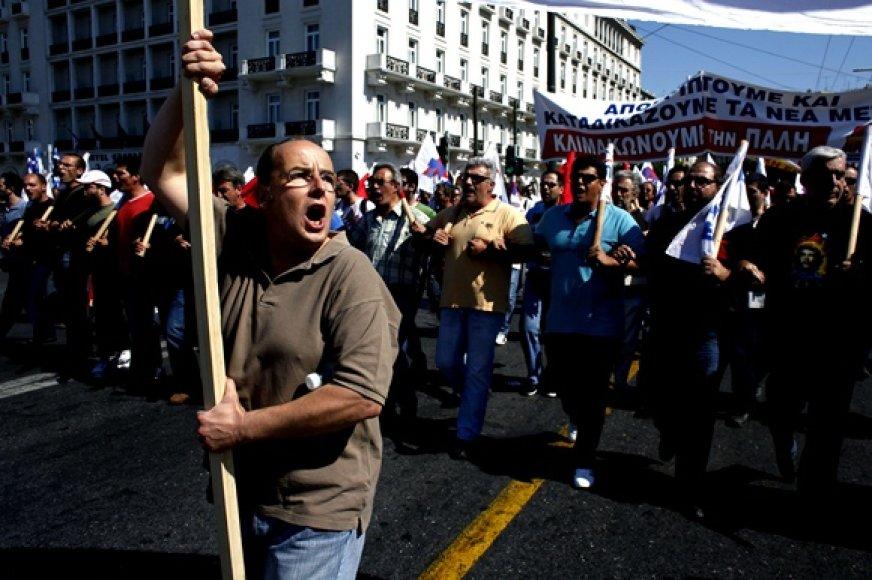 Protestuotojų žygis link Graikijos parlamento