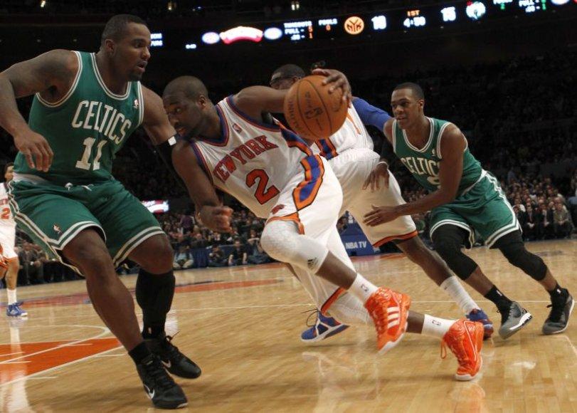 Bostono krepšininkai tęsia pergalingą žygį