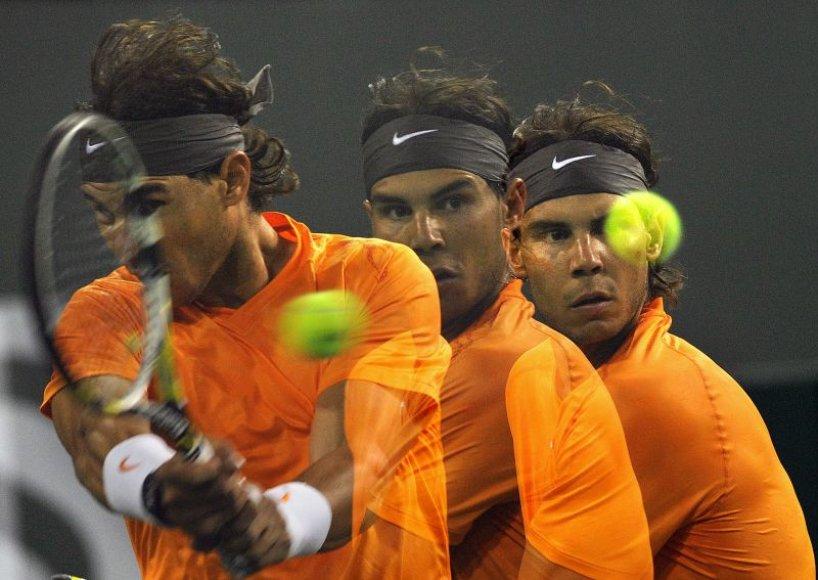 Stilingasis Rafaelis Nadalis žengia į kitą turnyro etapą.