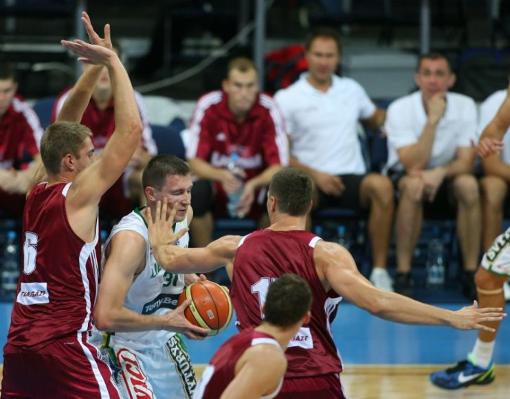 Latvijos krepšininkai įveikė būsimus lietuvių varžovus
