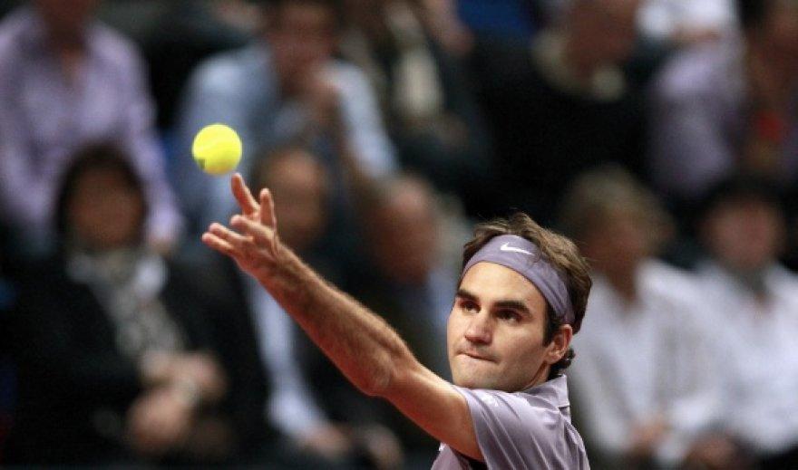 R.Federeris pateko į pusfinalį