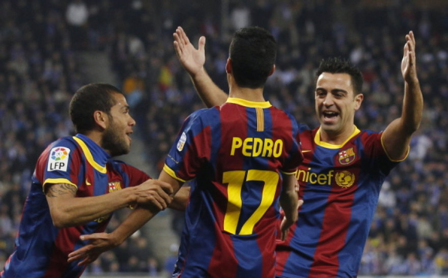Barselonos futbolininkai ir toliau triuškina varžovus šalies čempionate.
