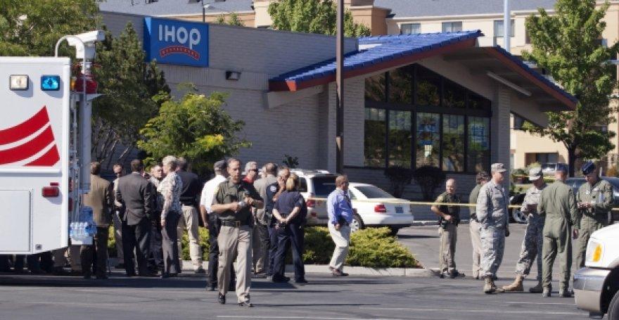 Teroristas tris žmones nužudė, dar aštuonis sužeidė, o po to nusišovė.