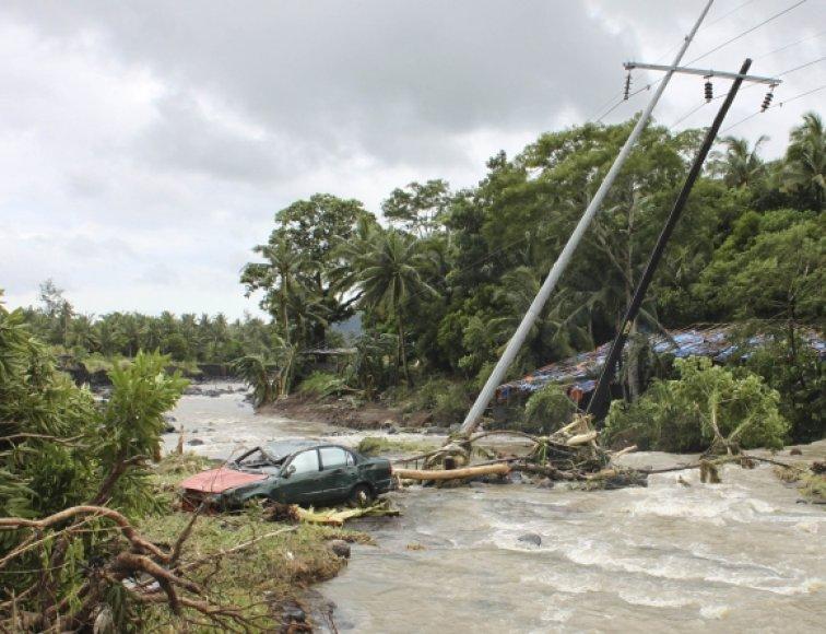 Audra Filipinuose jau pareikalavo 20 žmonių gyvybių.