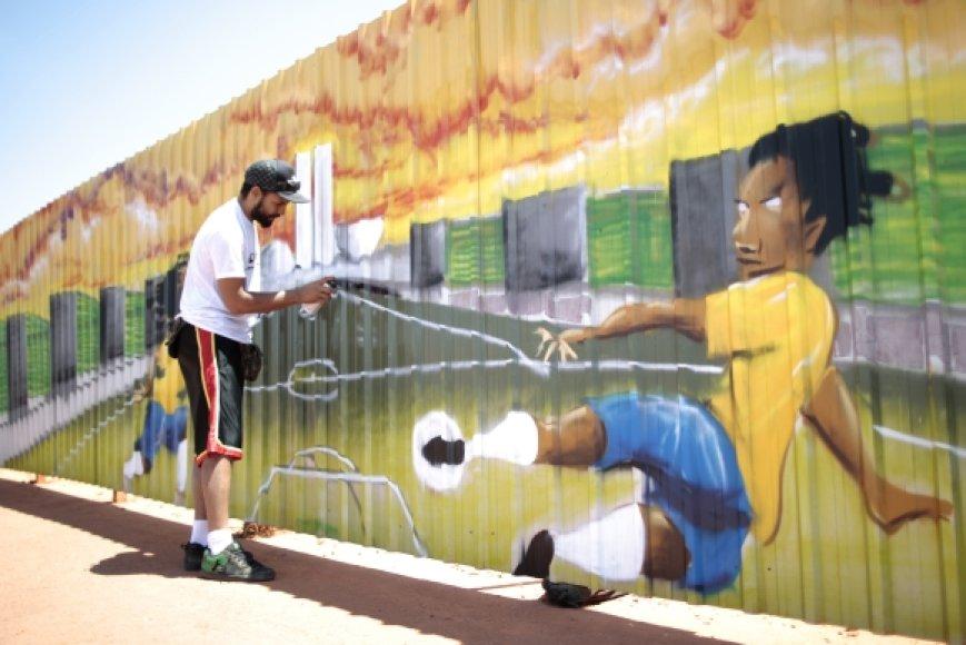 Taip atrodo tvora, juosianti Nacionalinį stadioną Brazilijoje
