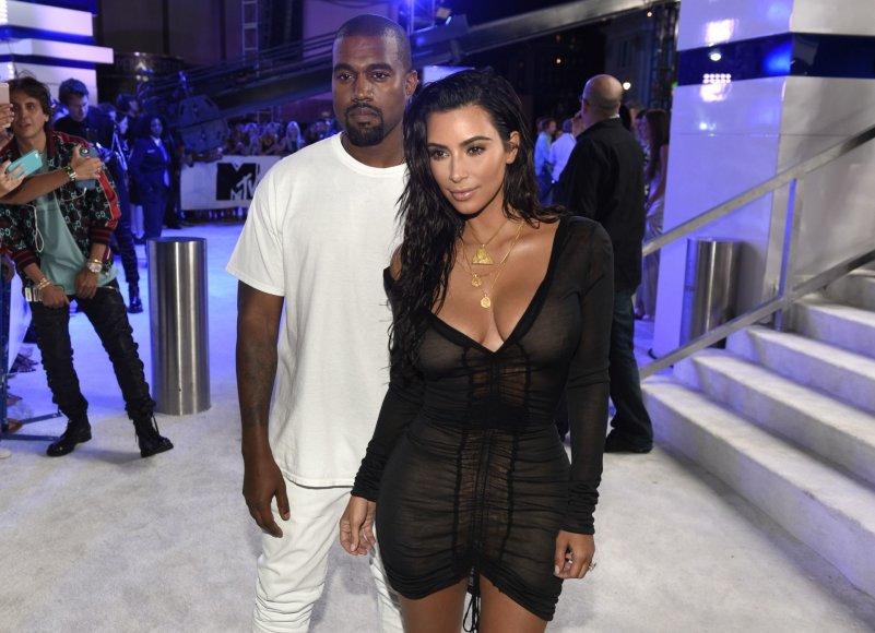 """""""Scanpix""""/AP nuotr./Kanye Westas ir Kim Kardashian"""