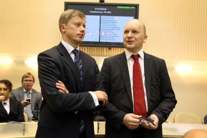 A.Kupčinskas (k.) turi būti dėkingas ir koaliciją ardyti padėjusiam socialdemokratui A.Kriščiūnui.