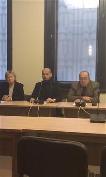 A.Medvedevienė , G.Labanauskas ir A.Orlauskas įkūrė naują frakciją.