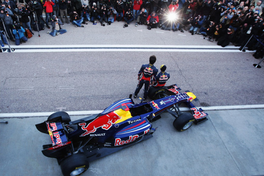 """Red Bull Racing"" bolidas RB7"