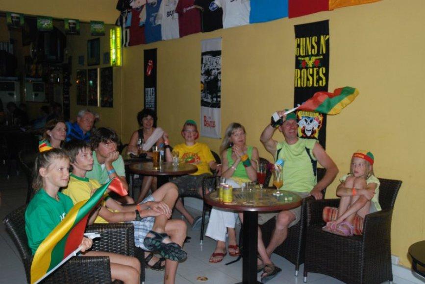 Lietuviai krepšininkus palaiko net Rodo saloje