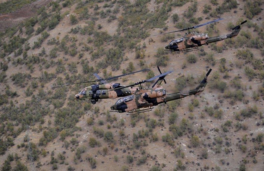 Turkijos aviacija bombardavo kurdų sukilėlių bazes Irako šiaurėje
