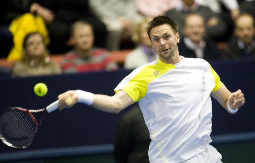 Robinas Soderlingas su Švedijos rinktine pirmame Daviso taurės etape užtikrintai nugalėjo Rusiją