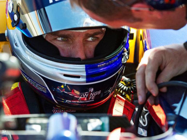 """Tomas Cruise'as ir """"Red Bull Racing"""" bolidas"""