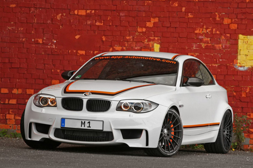 """""""BMW 1M Coupe APP Europe"""""""