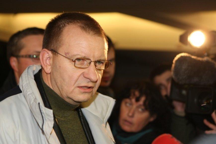 Kriminalinės policijos vadovo Algirdo Matonio apklausa