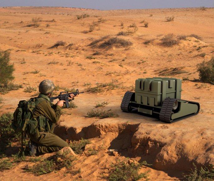 Organizatorių nuotr./Autonominė transporto priemonė gynybai