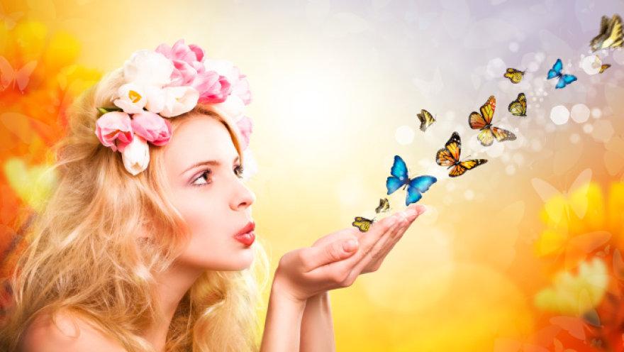 Moteris ir drugeliai