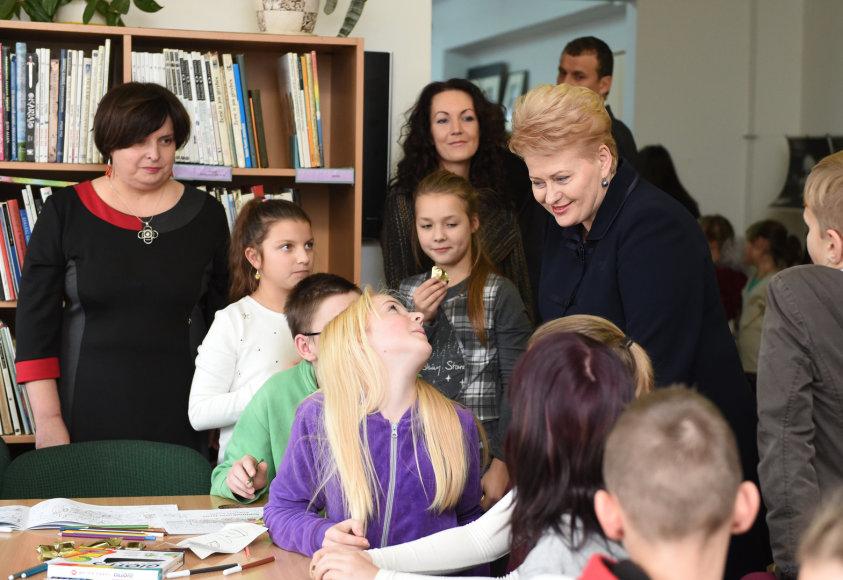 Dalia Grybauskaitė Naujosios Vilnios bibliotekoje
