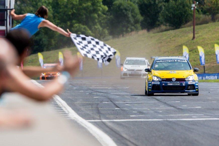 """""""Volkswagen Castrol Cup"""" lenktynės Čekijoje"""